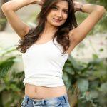 Hot Pinki Lakhera nude navel show images