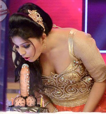 Hot cleavage Anjali Enjoying Her Dream Cake nude birthday special