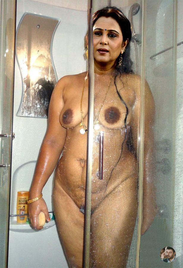 Naked old actress Geetha full nude bathroom latest photo 2018