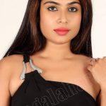 Sexy Vrushali Gosavi naked shoulder hot strapless bra pic