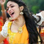 Lavanya Tripathi without bra hot blouse close up pic