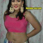 Meera Mitun hot selfie in pink blouse nude navel 2020 photo